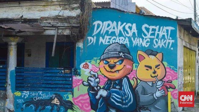 Mural 'Dipaksa Sehat di Negara yang Sakit'