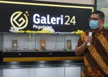 Pimpinan Wilayah PT Pegadaian Persero Kanwil VI Makassar, Zulfan Adam saat meresmikan outlet terbaru dari Galery24 Pegadaian, Sabtu (4/9/2021).