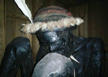 Mumi Agat Mamete Mabel, salahsatu jenis mumi yang disakralkan oleh warga Desa Pumo, Distrik Wogi Silakarno Doga, Wamena, Papua.
